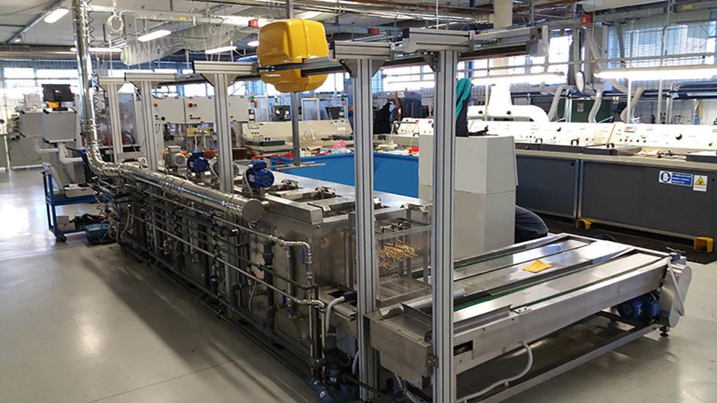 Impianti ultrasuoni automatici robot ultrasuoni - Grandi impianti lavatrici ...