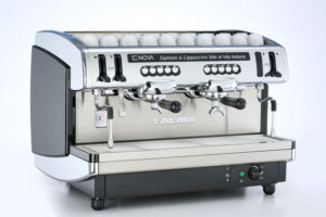 Lavaggio macchine caffè